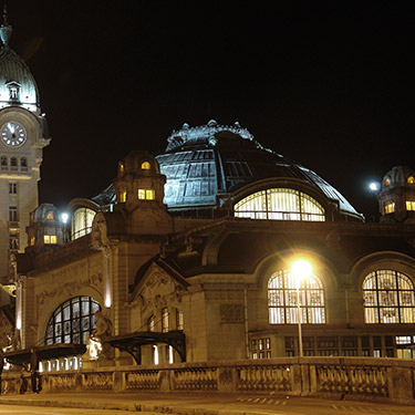 Gare la nuit